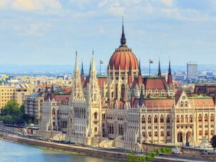 Hungary Issues an Entry Ban on All Moldovan Citizens