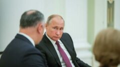 The Government Struggles to Go Forward with the Russian Loan, the Opposition Tries to Stop It
