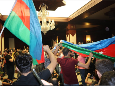 PHOTO / Mass Protests in Baku. Hundreds of Protesters Have Called for a Military Offensive in Nagorno-Karabakh