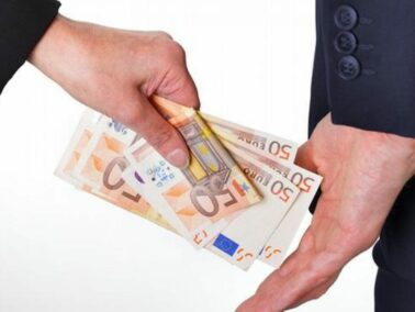 Study: fines for corruption offenses should be increased, and the offenders – deprived of the right to hold any public office