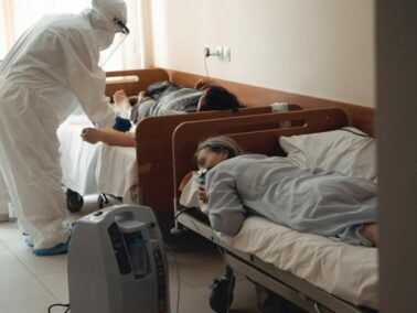 The Number of Healthcare Workers Infected with SARS-CoV-2 Reached 2,600
