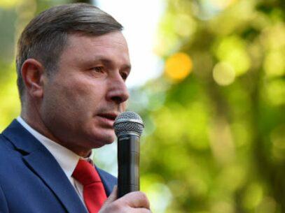 A Socialist Deputy's Undeclared 4.5 Millions