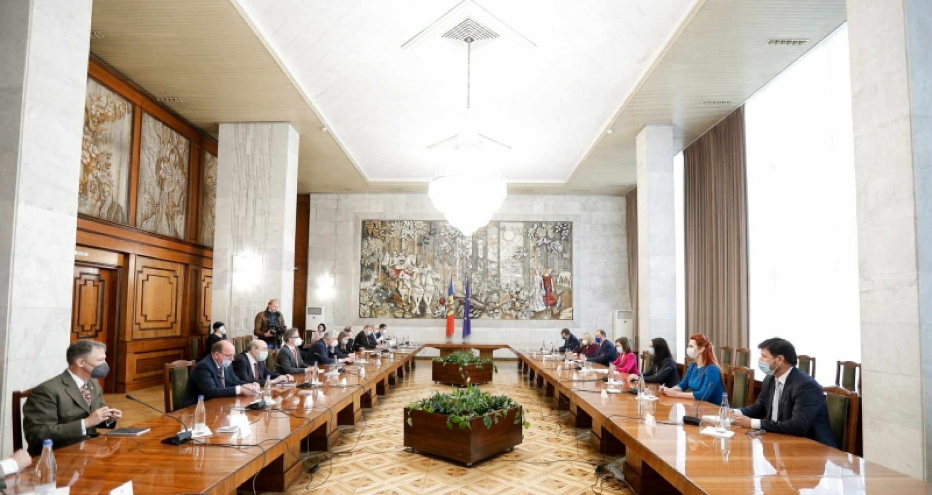 President Sandu Accuses the Parliament of Usurping the State Power and Calls on International Community to Monitor the Situation