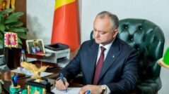 Igor Dodon Ignores the Constitutional Court Decision