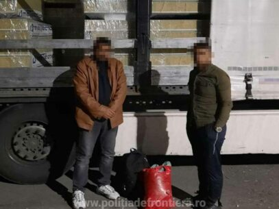 A Moldovan and a Bulgarian Citizen Tried to Cross Romanian Borders with Eight Afghans Hiddeb Their Trucks