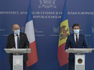 Minister for Europe and Foreign Affairs Jean Yves Le Drian Meets Moldovan Minister of Foreign Affairs, Nicu Popescu, in Chișinău