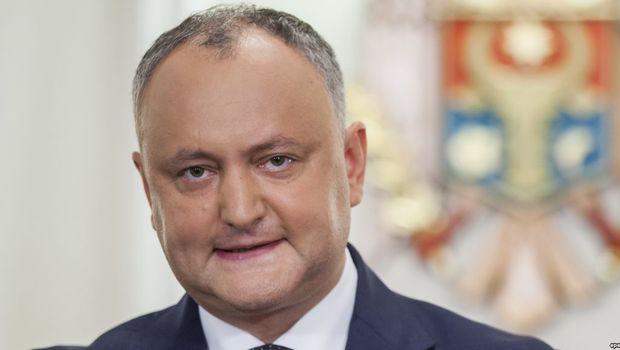Игорь Додон утверждает, что отменил проведение досрочных парламентских выборов