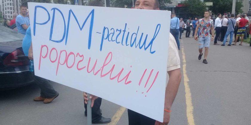 Готовится ли оправдание для альянса ДПМ-ПСРМ? Протестующие «взяли штурмом» Кишинев