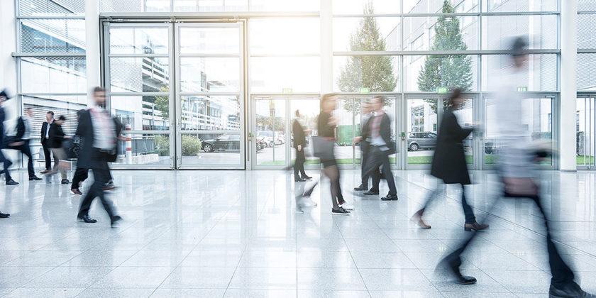 Государственные услуги за рубежом: «Большая разница между 12 минутами в очереди и несколькими часами»
