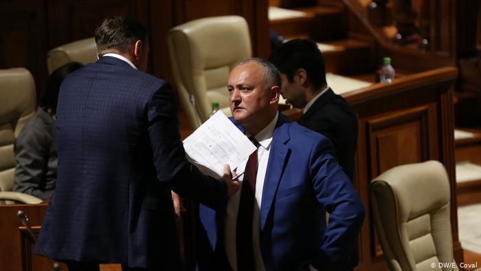 Андрей Нэстасе намерен подать в суд на Игоря Додона