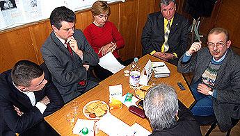 220-dezbatere