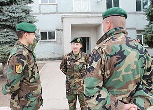 421-femei-armata-6