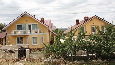 437-casa-barnaz-1