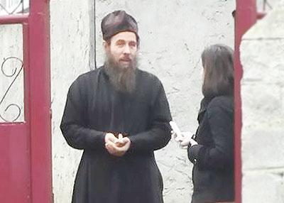 449-preotul_cebanu_festelita