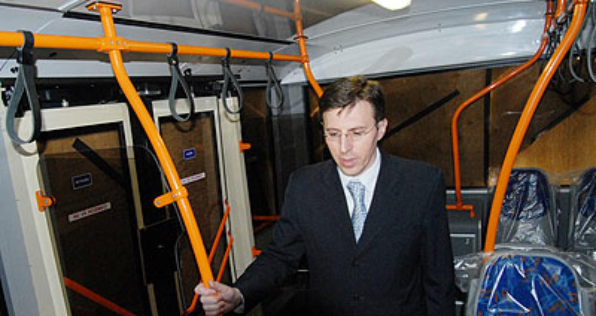 Sistem de taxare electronică în transportul public din capitală: da ori ba?