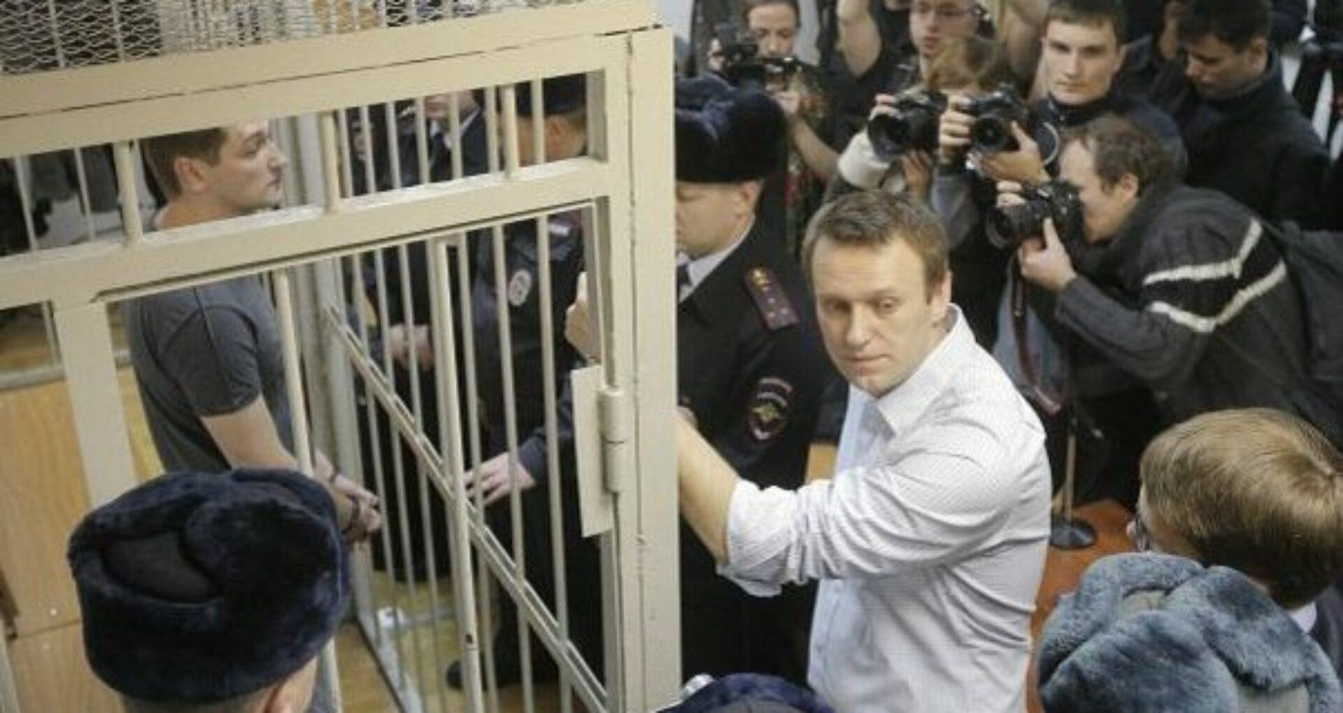 Alexei Navalny ar fi fost otrăvit. Opozantul rus este internat la reanimare într-un spital din Omsk