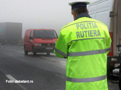 A încercat să corupă oamenii legii, după ce a fost surprins cu exces de viteză