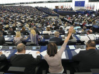 Parlamentul European, a aprobat  noi reguli împotriva spălării banilor