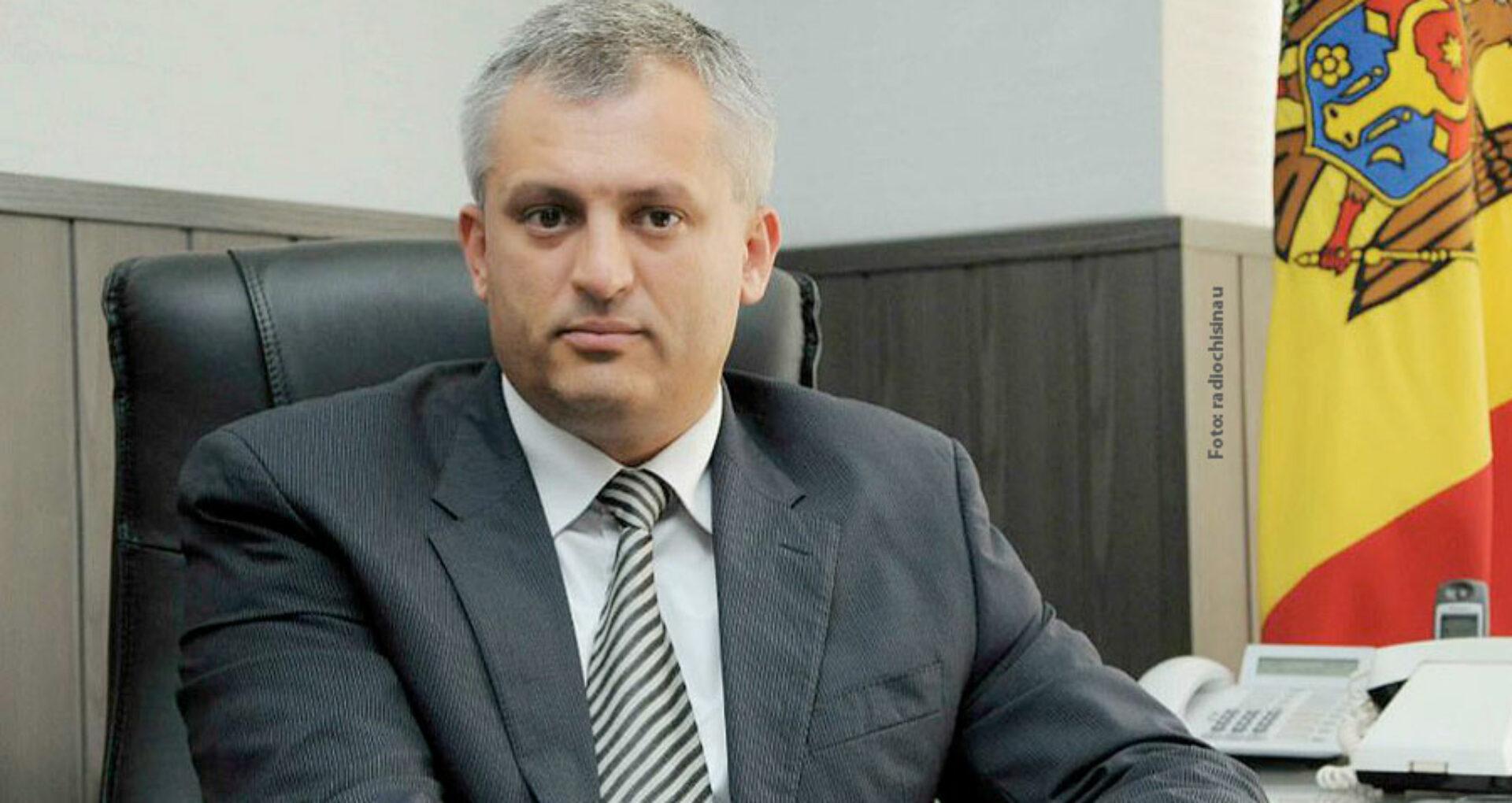 DOC/ Nicolae Vicol, fostul șef al Fiscului, poate reveni în R. Moldova. Instanța de judecată i-a revocat măsura preventivă
