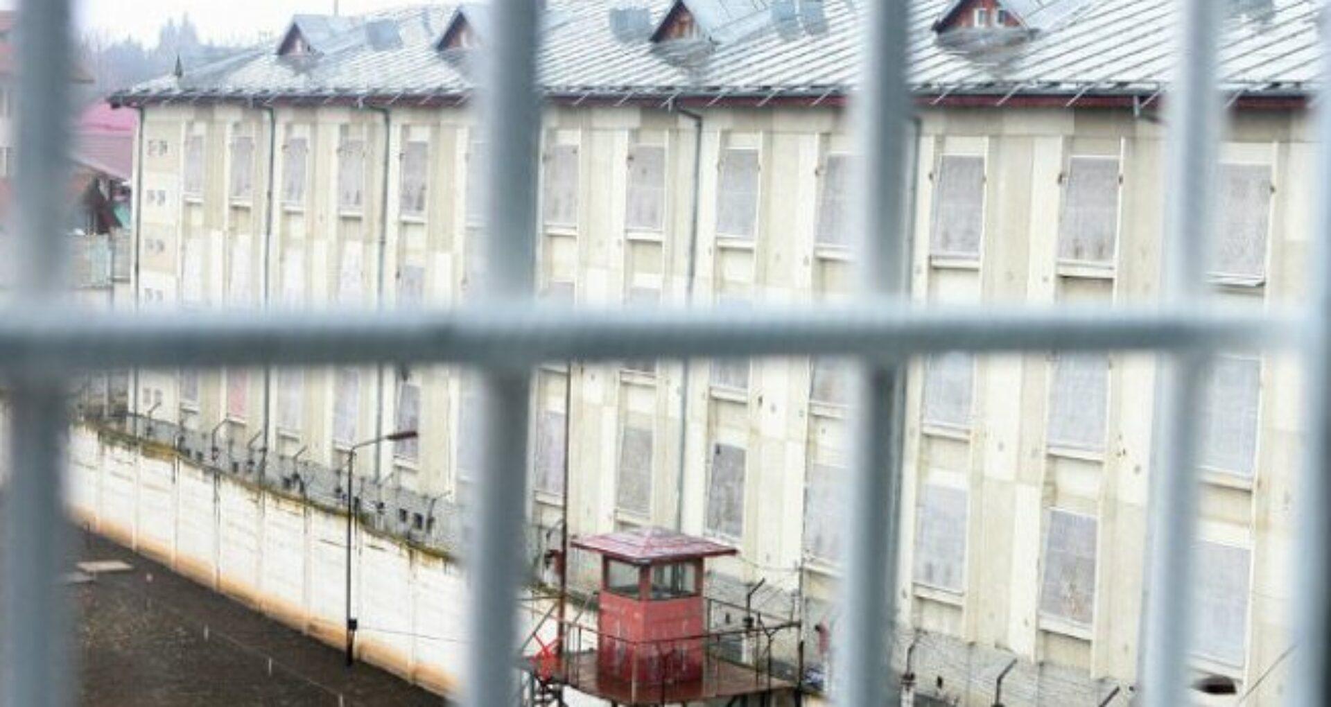 Ministerul Justiției anunță suspendări din funcție după decesul unui bărbat din Penitenciarul 13