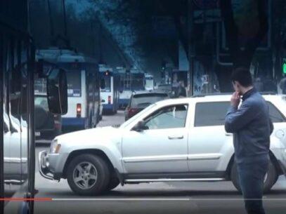 (VIDEO) No comment // Așa se circulă cu transportul public în Chișinău