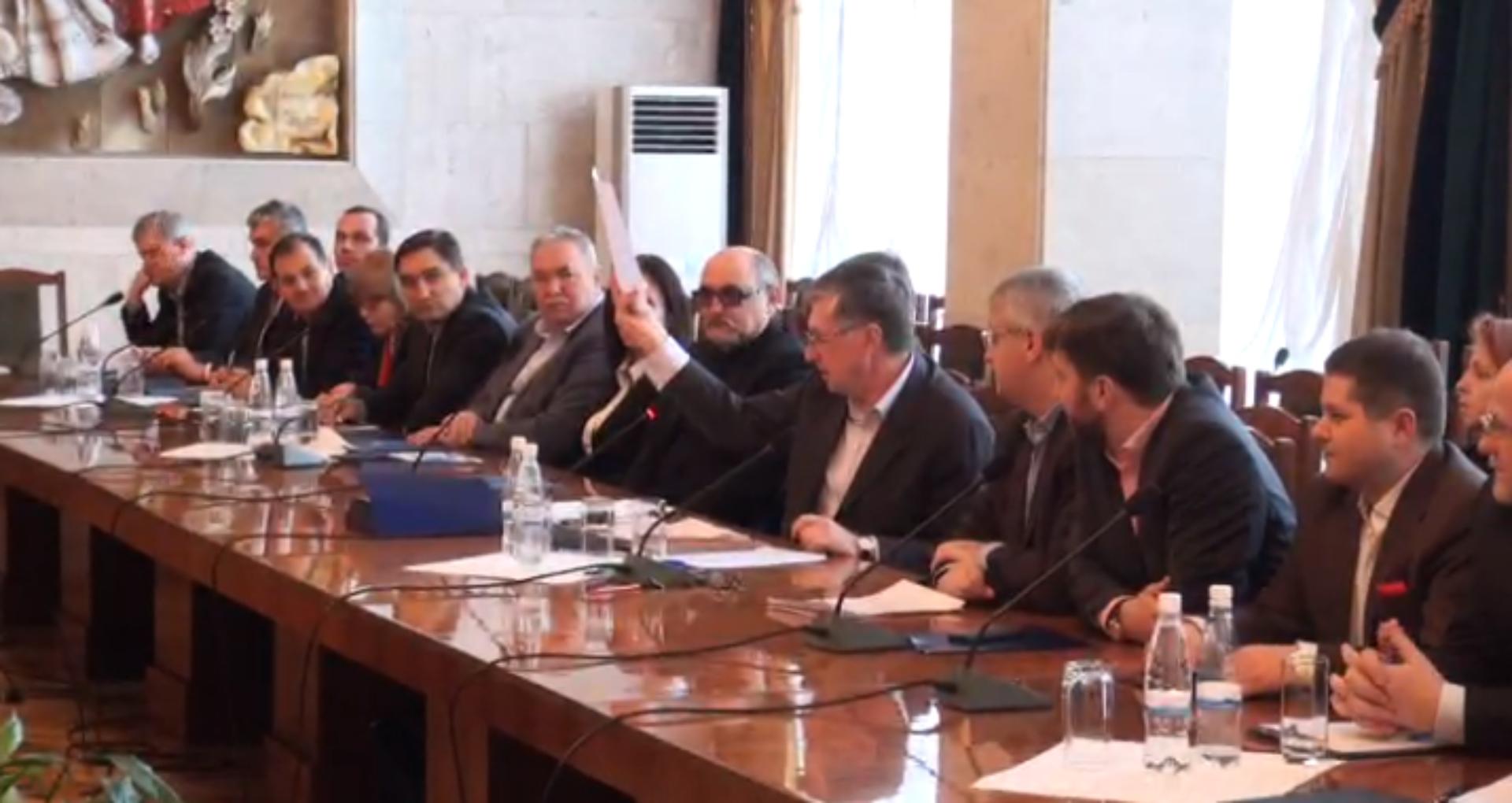 (VIDEO) Ion Sturza și miniștrii din lista sa au semnat declarația de integritate