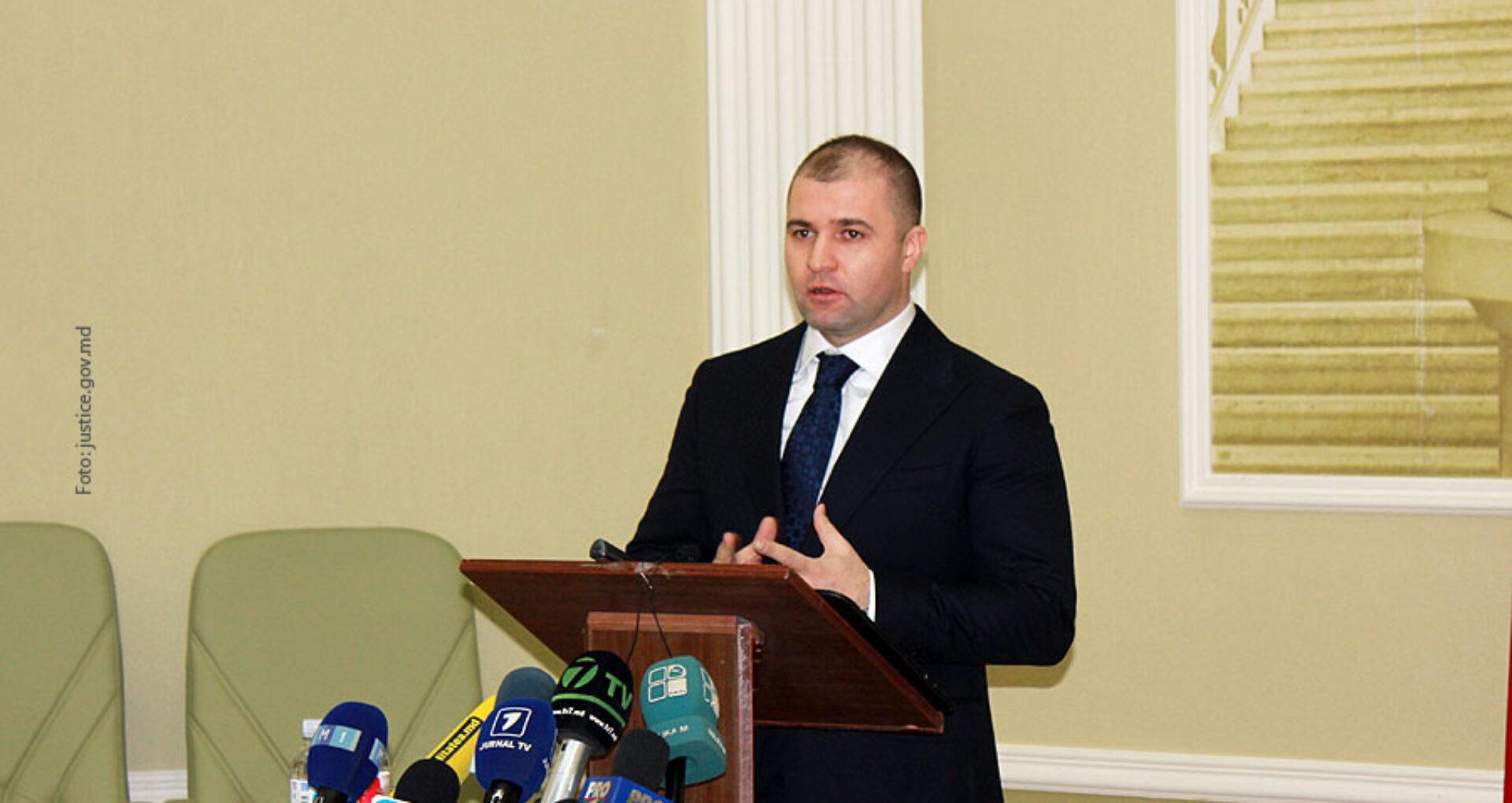 (doc) 13 Motive pentru care se cere demiterea ministrului Justiției