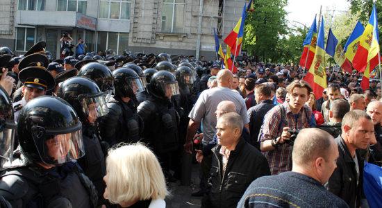 566-protestatari1222