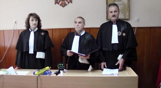 567-judecatori-tutu