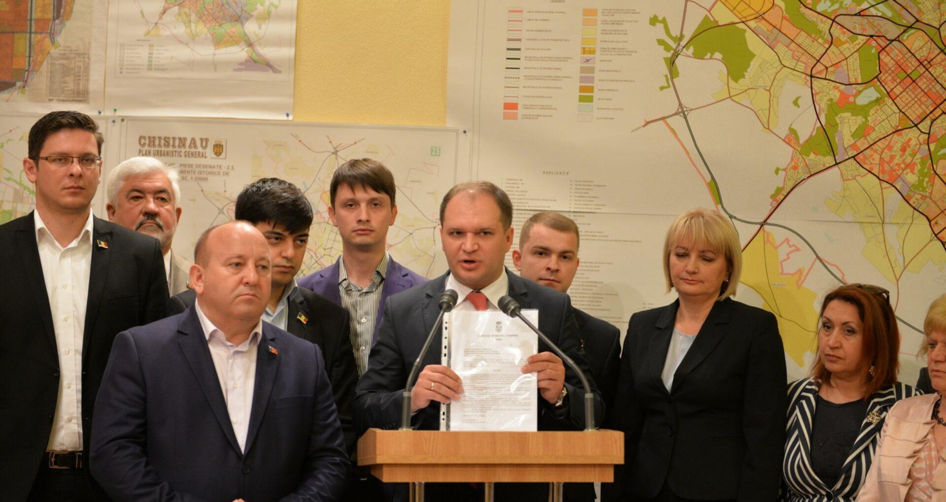 Socialiștii din CMC vor referendum pentru demiterea lui Chirtoacă, concomitent cu alegerile prezidențiale