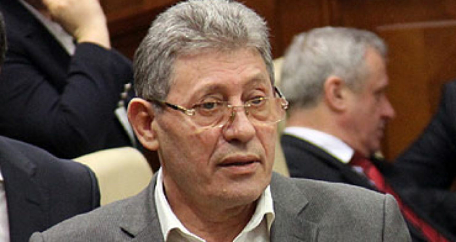 Mihai Ghimpu își retrage semnătura de pe Acordul de colaborare cu PPEM