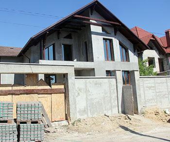 575-casa-betisor1