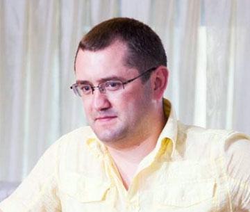 Marcel Grițunic este suspectat că ar fi cerut și primit 500 USD și 2000 de lei pentru a înceta o cauză penală