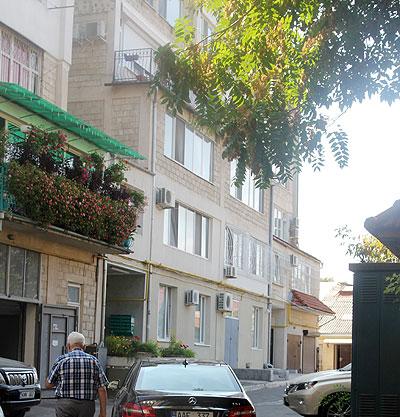 Familia Lupu locuieşte într-un bloc din centrul Chişinăului