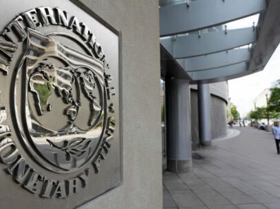 Evoluţia economiei mondiale, în scădere. Prognozele FMI pentru R. Moldova