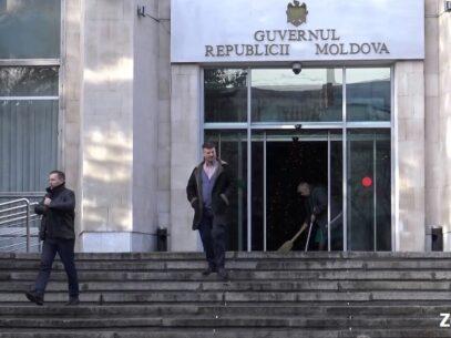 (VIDEO) Mai multe instituții de stat din R.Moldova nu afișează drapelul UE
