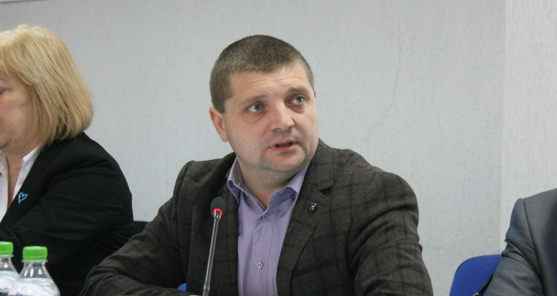 Ex-directorul adjunct al Centrului pentru Combaterea Traficului de Persoane, condamnat anterior la 4 ani de închisoare, iar ulterior achitat definitiv, numit șef al IGP