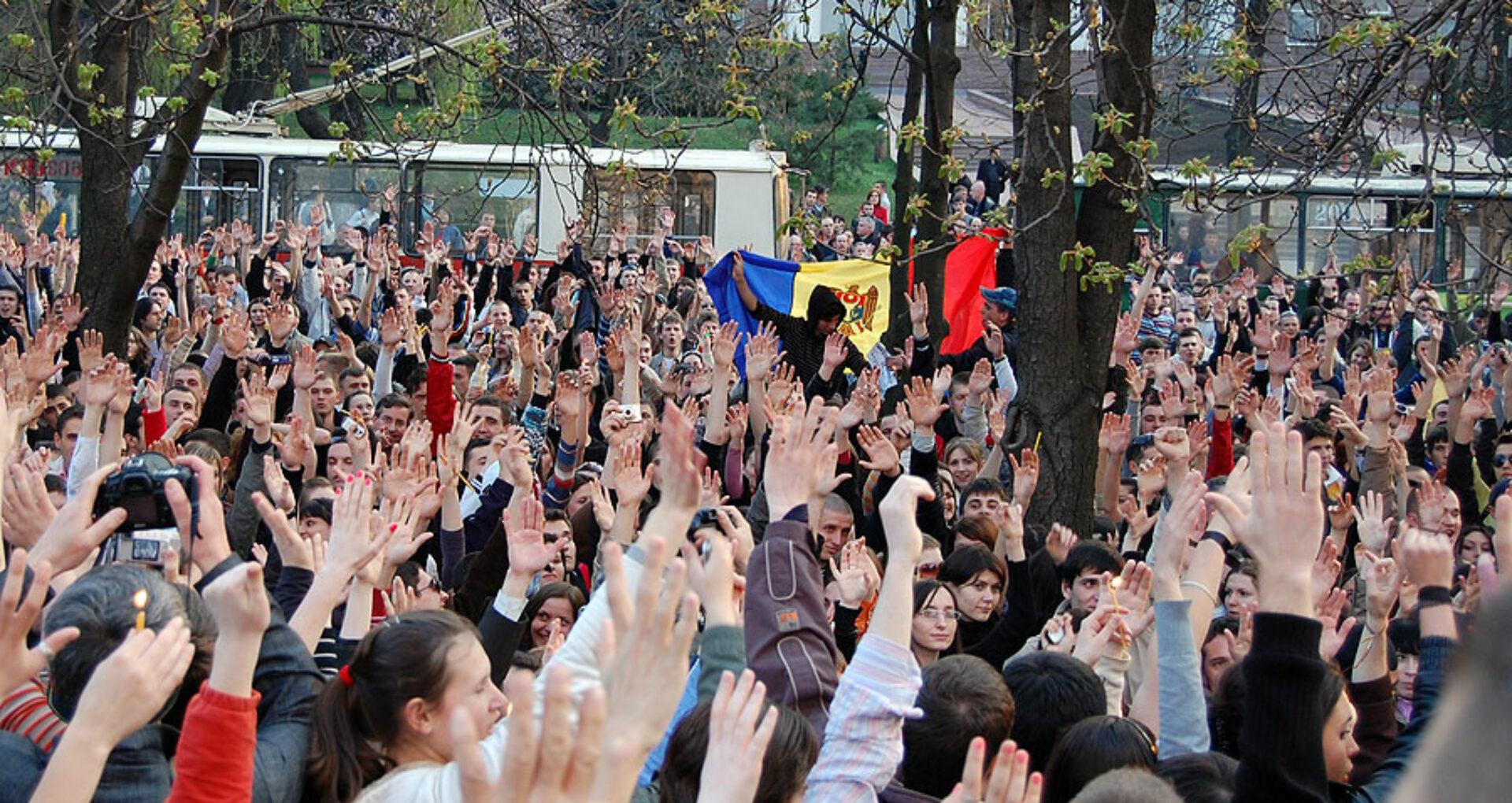 Oamenii sistemului: Zeci de funcţionari importanţi la 7 aprilie 2009 conduc astăzi R. Moldova