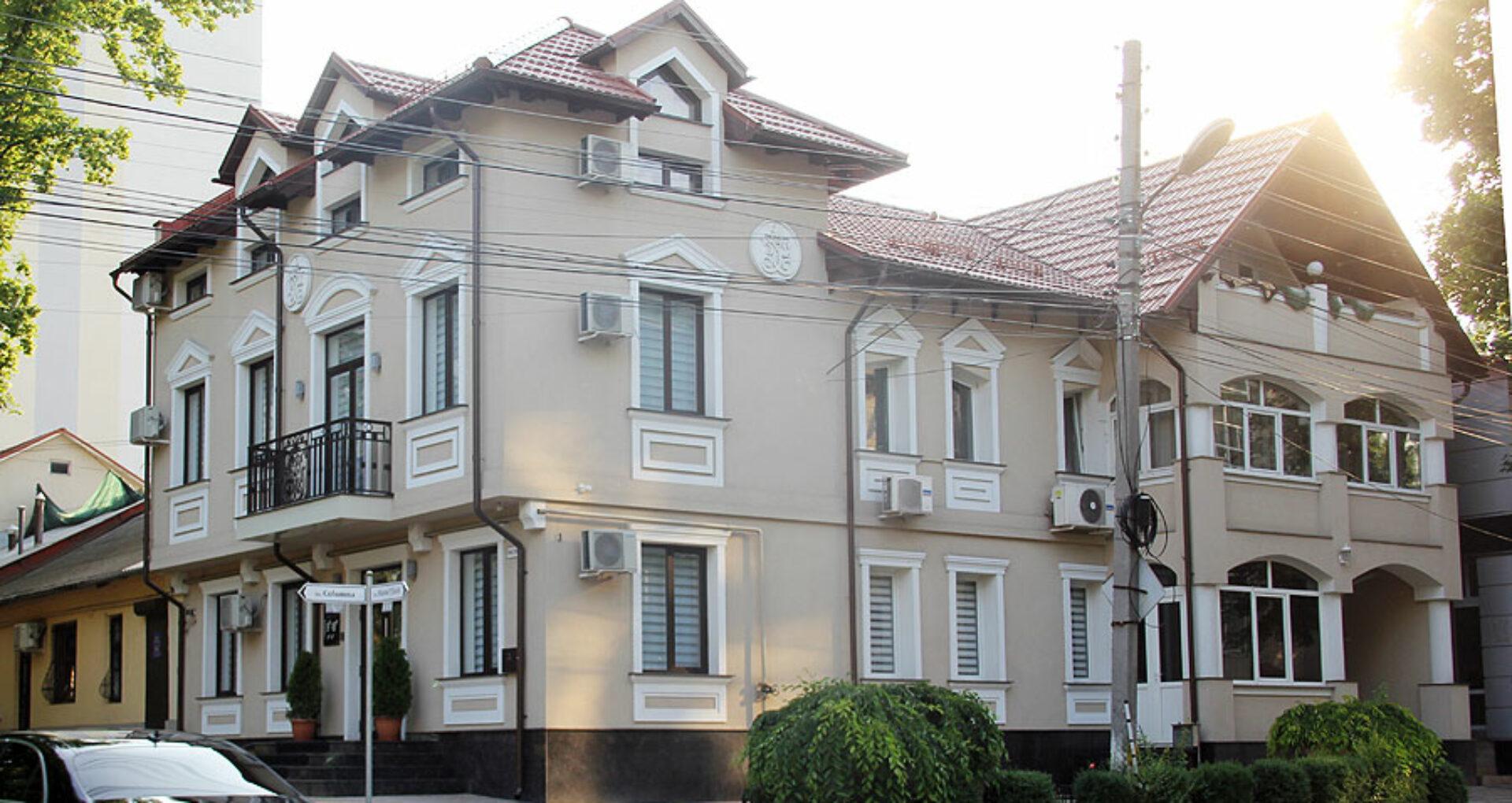 (DOC, FOTO) Procesul, casele şi firmele deputatului Nae-Simion Pleşca