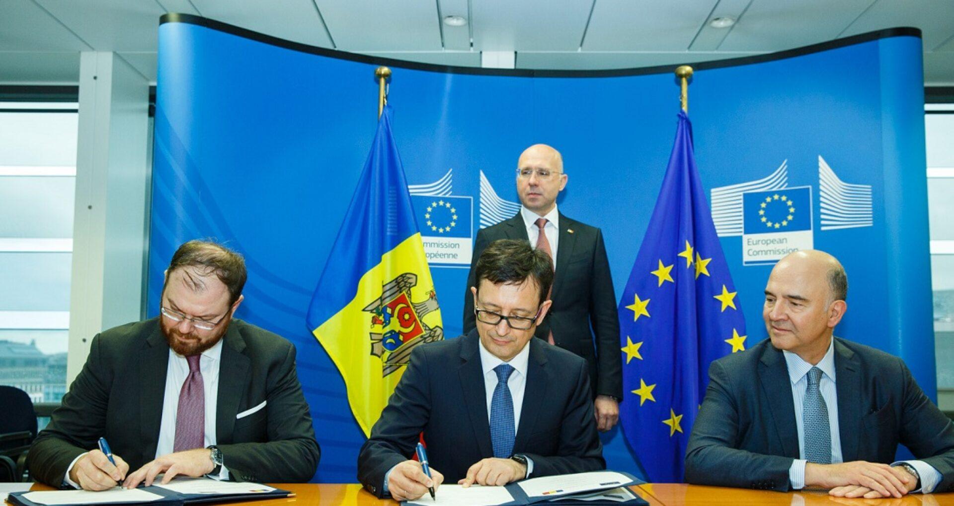 """Acordul a fost semnat, dar milioanele nu vor veni decât după ce guvernarea de la Chișinău va revizui """"legislația electorală"""" și """"combate corupția"""""""