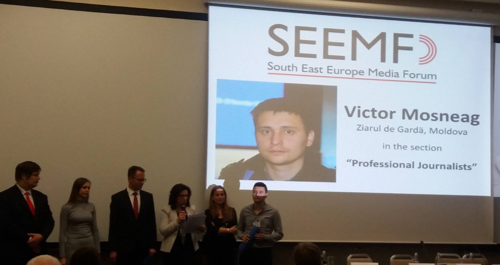 Victor Moșneag de la ZdG a luat premiul pentru cel mai bun reporter de Investigație din Europa de Sud-Est