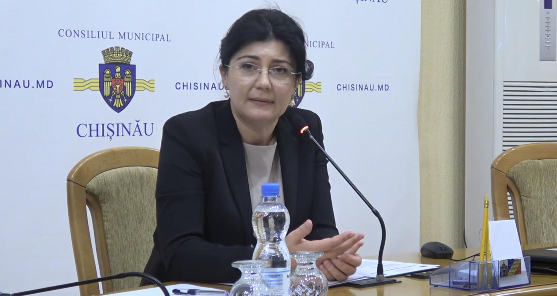 Numiri și demisii noi la Primărie. Consiliera Silviei Radu, numită șefă a Direcției generale finanţe