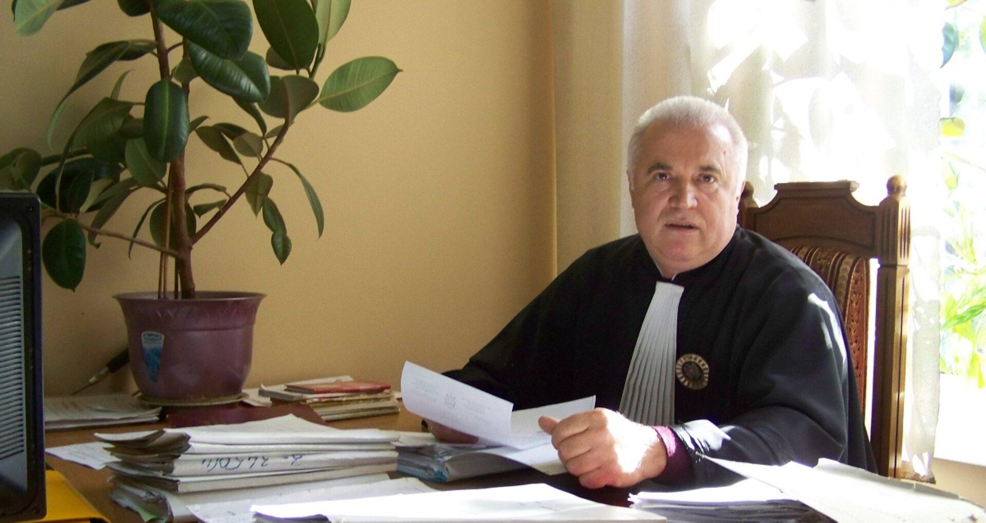 Cine este judecătorul trimis pe banca acuzaților pentru patru episoade de trafic de influență