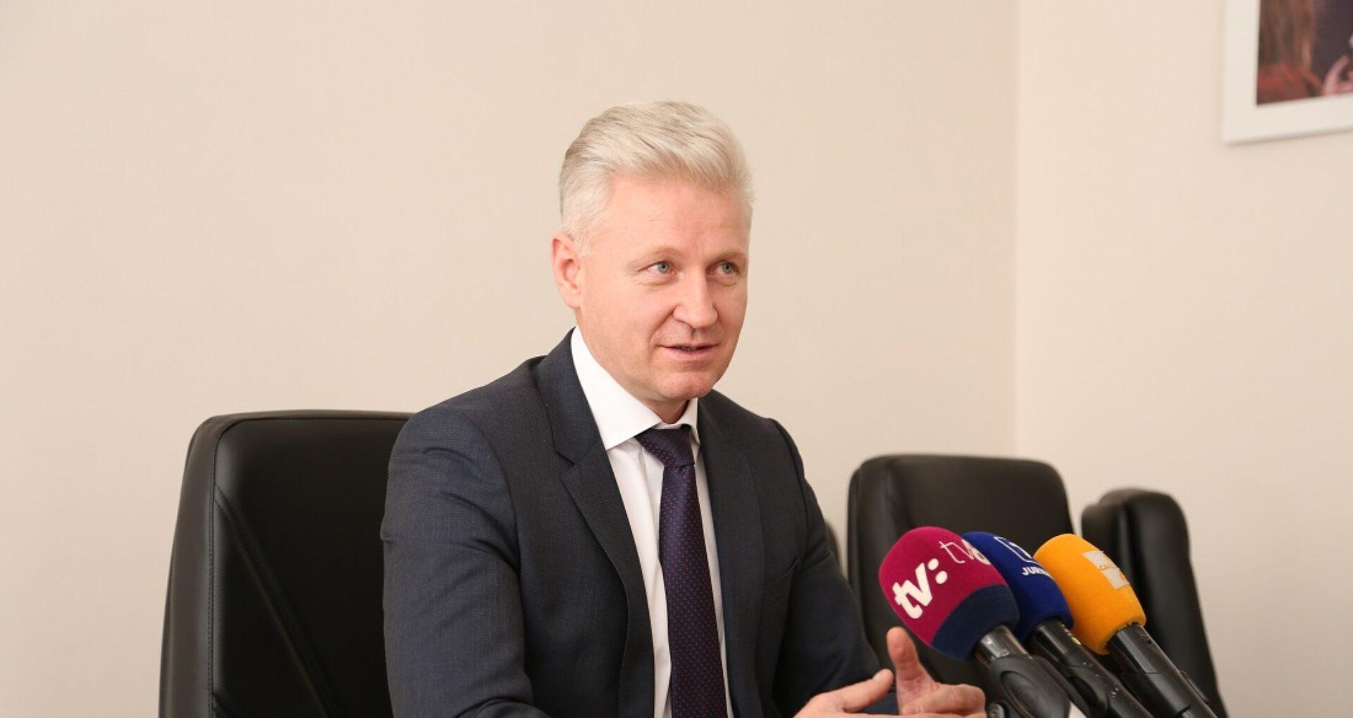 """Noul-vechi președinte al CSM, despre concursul cu un singur candidat, influență politică și hotărâri """"necesare"""""""