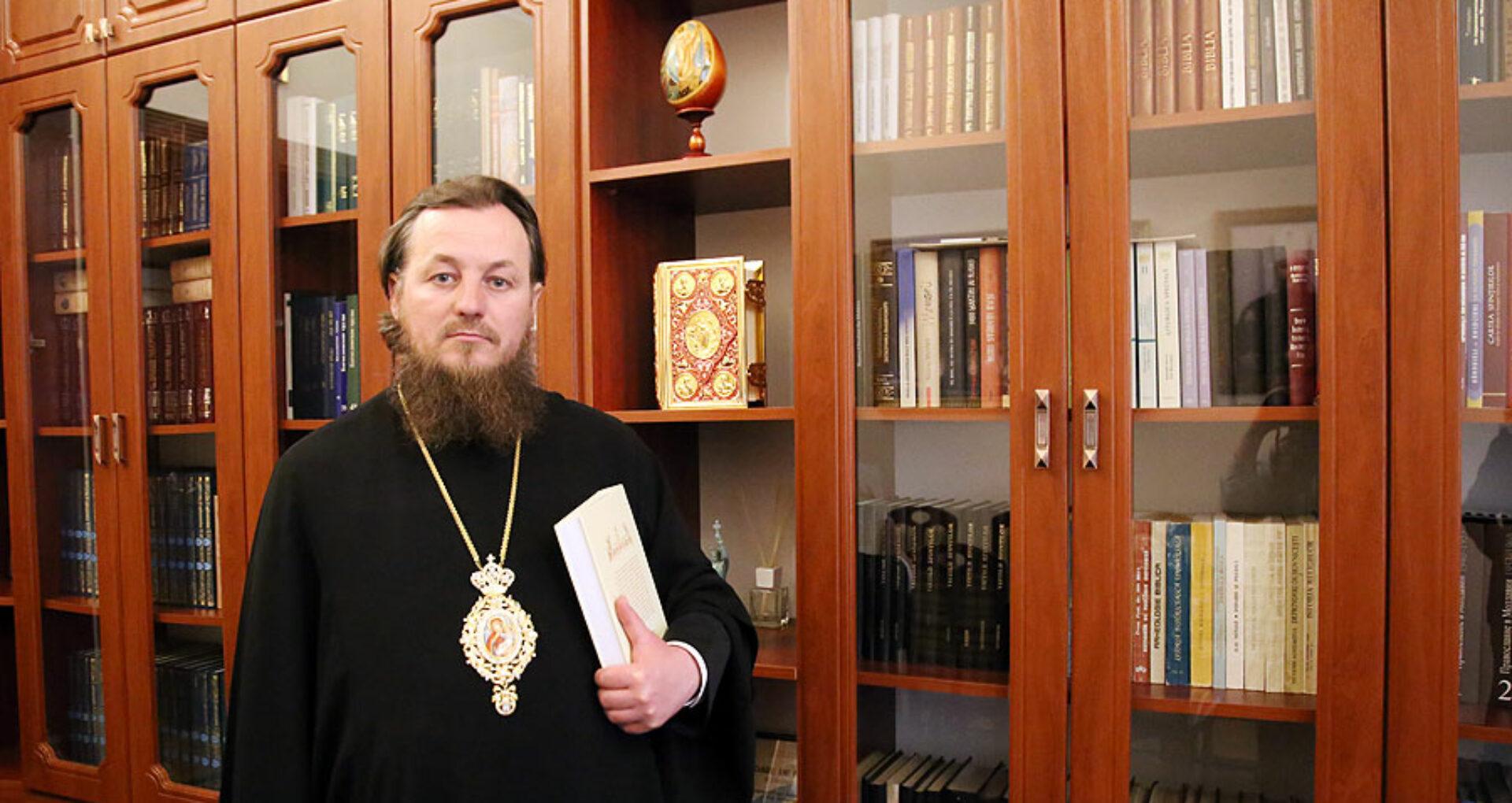 """Interviu cu Ioan Moșneguțu, episcop de Soroca: """"În biserică, toate sunt săvârşite cu bucurie, cu pace şi fără plată"""""""