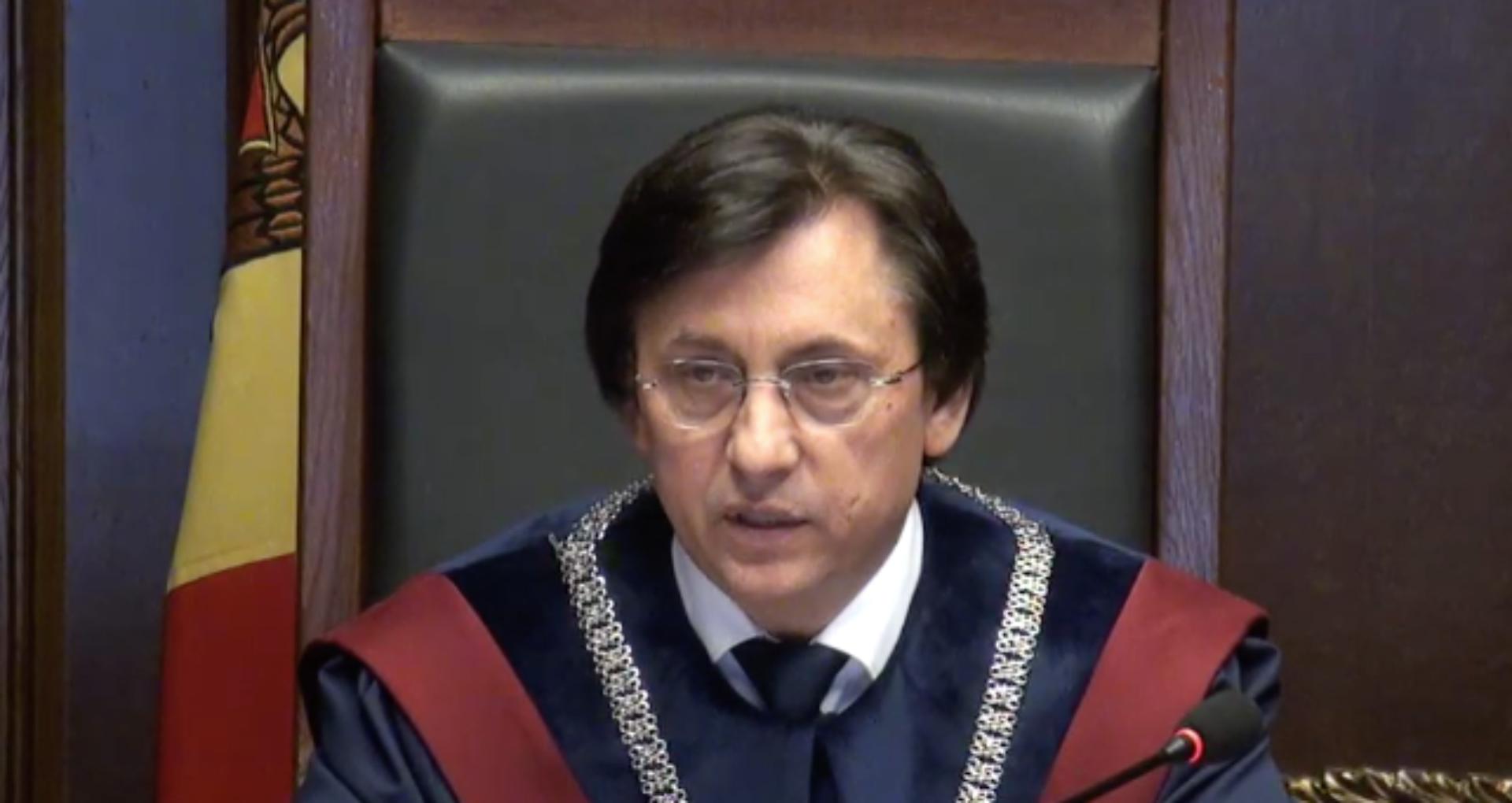 Președintele Curții Constituționale și-a dat demisia
