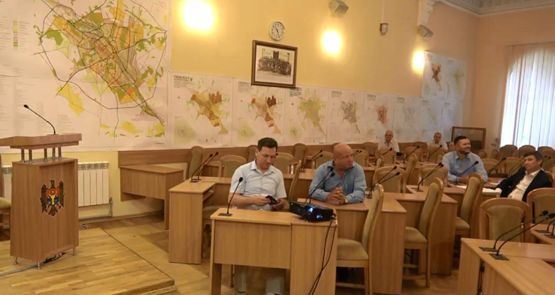 VIDEO/ Încă o ședință neproductivă în Consiliul Municipal Chișinău
