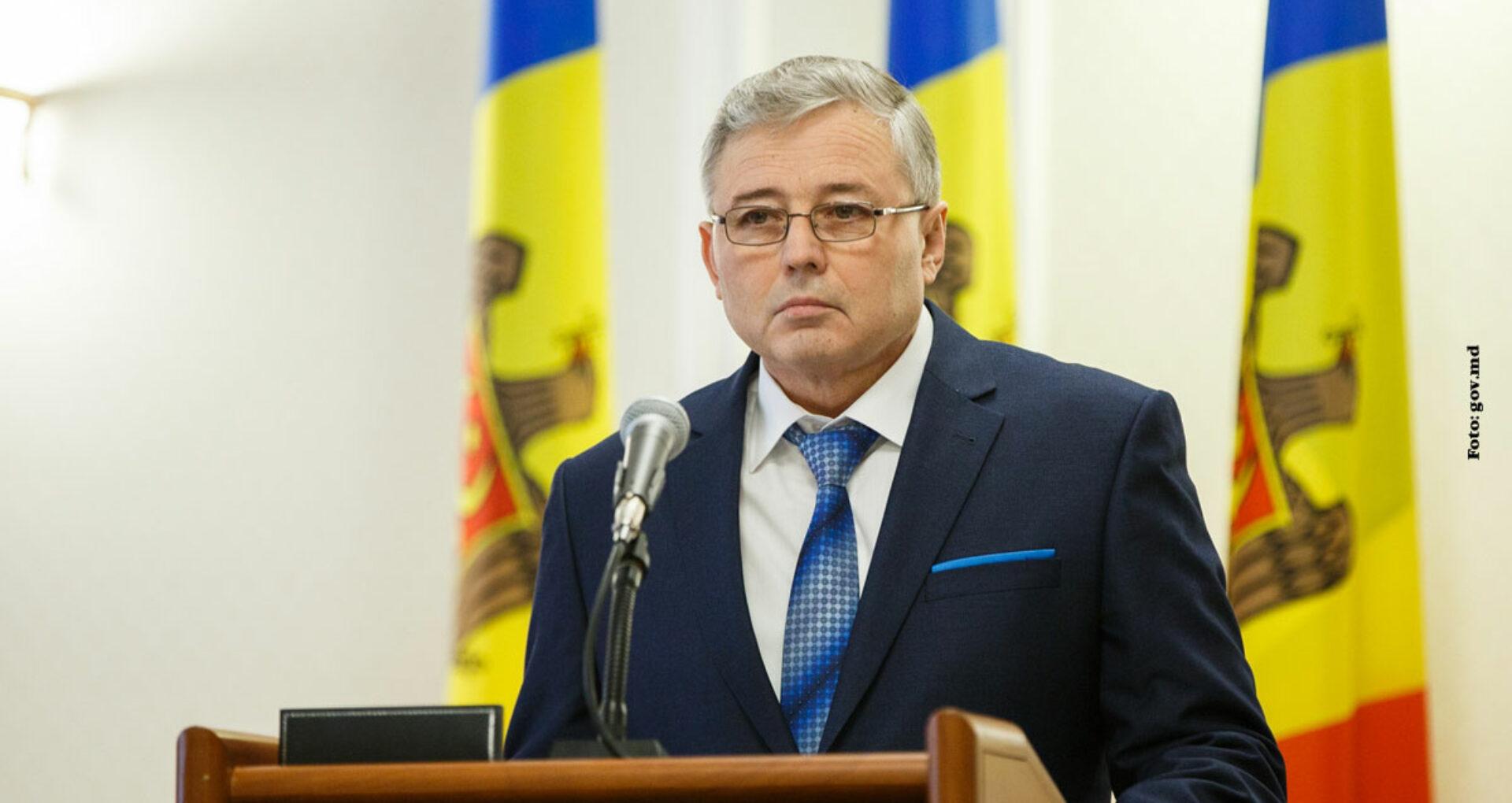 Ministrul Agriculturii: Funcţii pentru apropiaţi şi proiecte în favoarea Universităţii Agrare