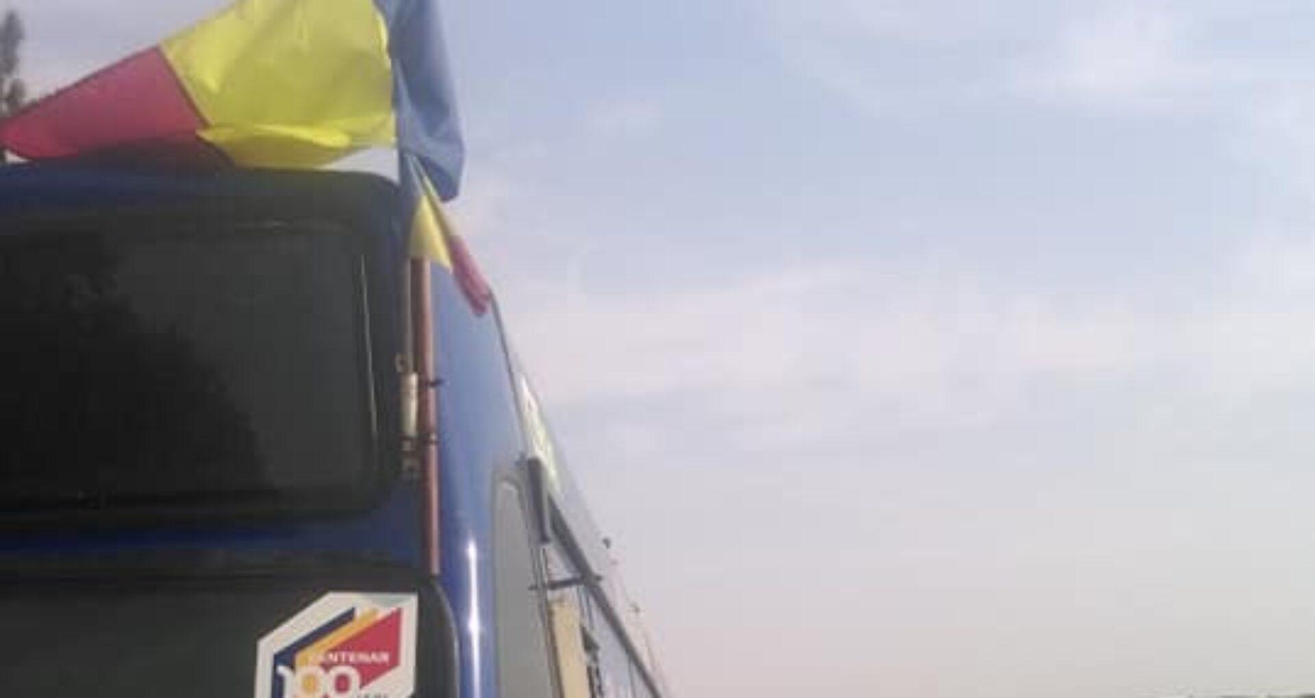 Autocarele tricolore – de la Vatra la Cojușna