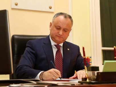 ULTIMA ORĂ! Igor Dodon a fost din nou suspendat din funcție